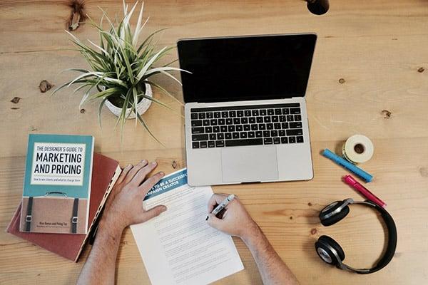 como ganhar dinheiro rapido na internet